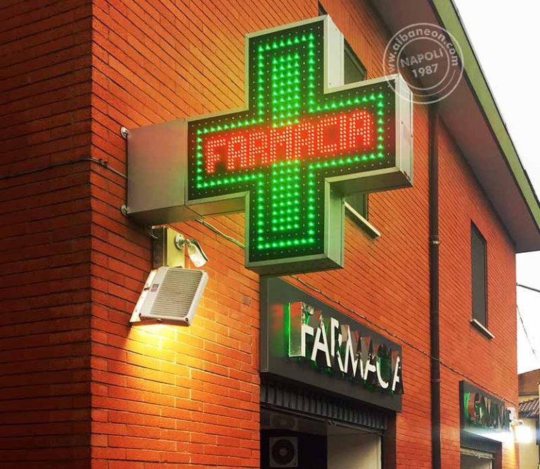 Croci a led per farmacie con giochi di luce (lampeggi, intermittenze, evanescenze) modello Easy bicolor
