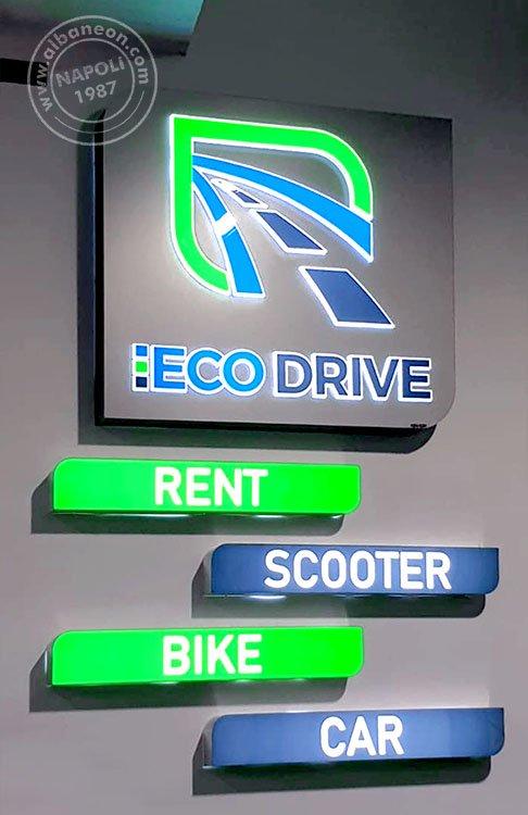 Insegne per parcheggio composte da box in dibond traforato con grafica in plastica in rilievo e box con frontale in plexiglass traforato.