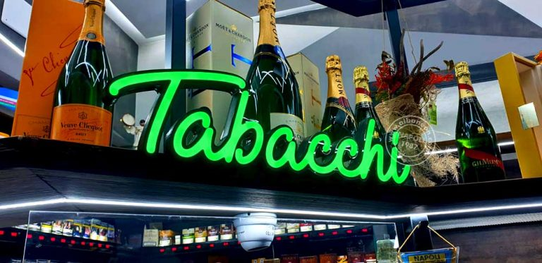 Insegne per bar Mexico a Napoli luminose a led effetto neon