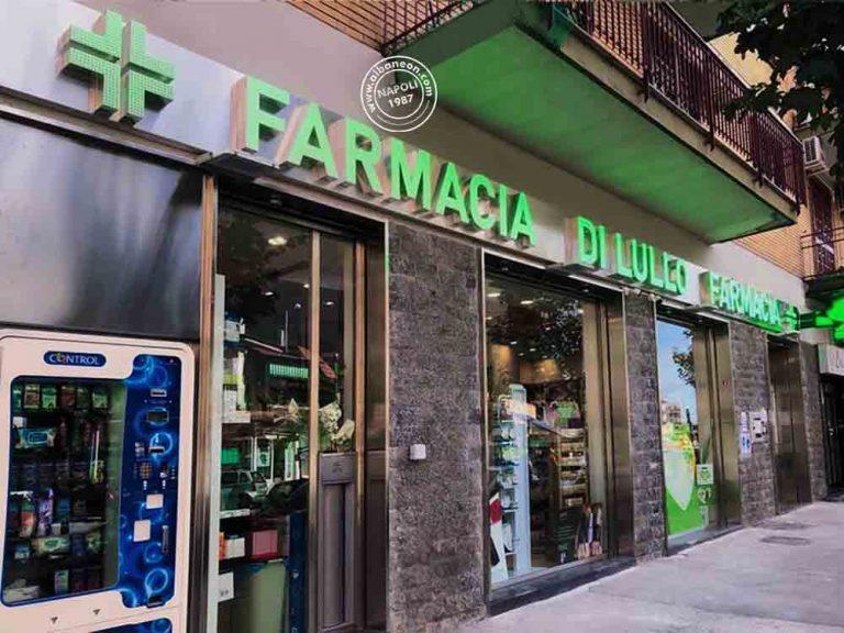 Installazione a Napoli di insegne per farmacie con lettere scatolate in acciaio con led a vista e croci a led programmabili in wifi
